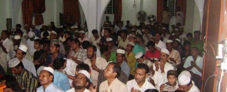Organizing Monthly Ruhani Songlap-2010